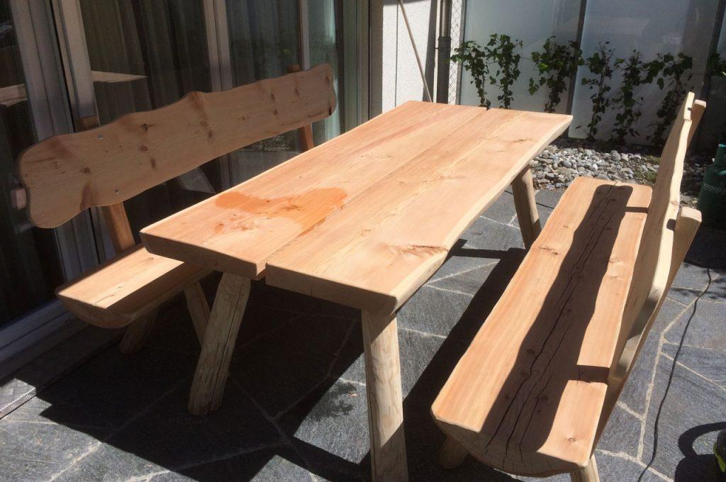 Holztischgarnitur2